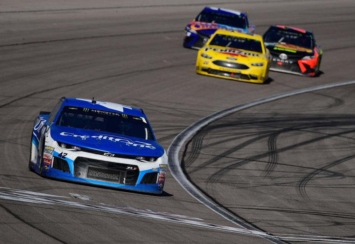 Larson eager to gain a win at bristol sports for Chicago motor cars las vegas nv