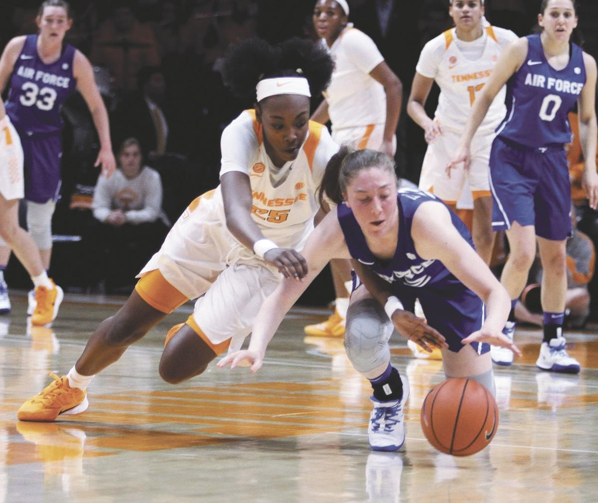 BASKETBALL: Tennessee's Jordan Horston vs. Air Force
