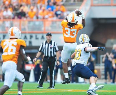 FOTTBALL: UT's Jeremy Banks vs UTC