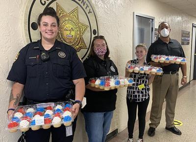 Cash Express salutes first responders