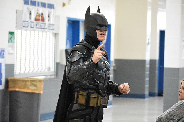 6-8 Batman 1.jpg