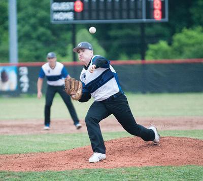 5-31 phelps Caleb Dotson pitching.jpg