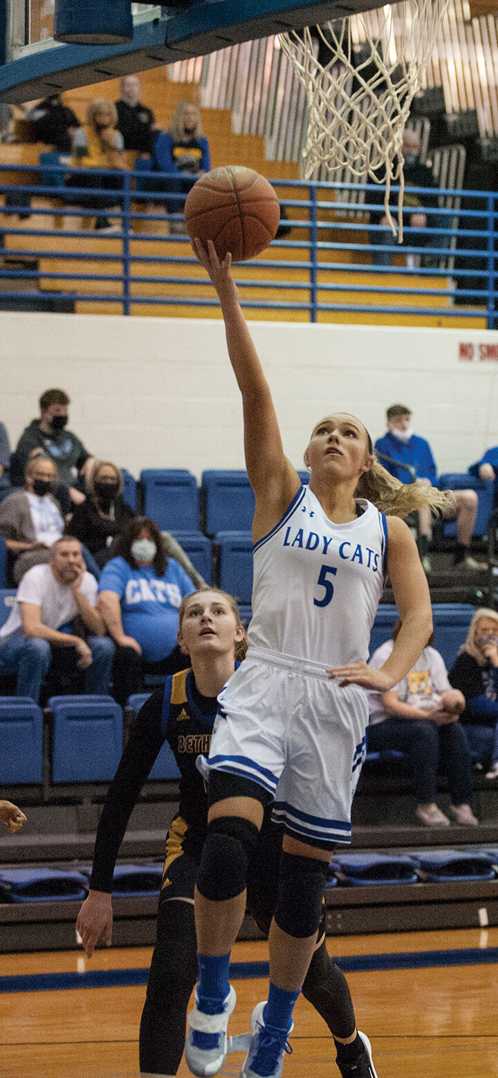 Lady Cats hang close to Bethlehem