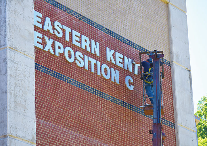 Expo sign removal