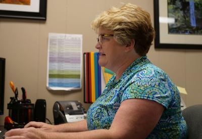 Local officials push filling out census