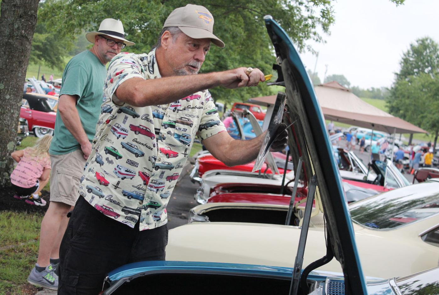 First Baptist cruise-in draws crowd