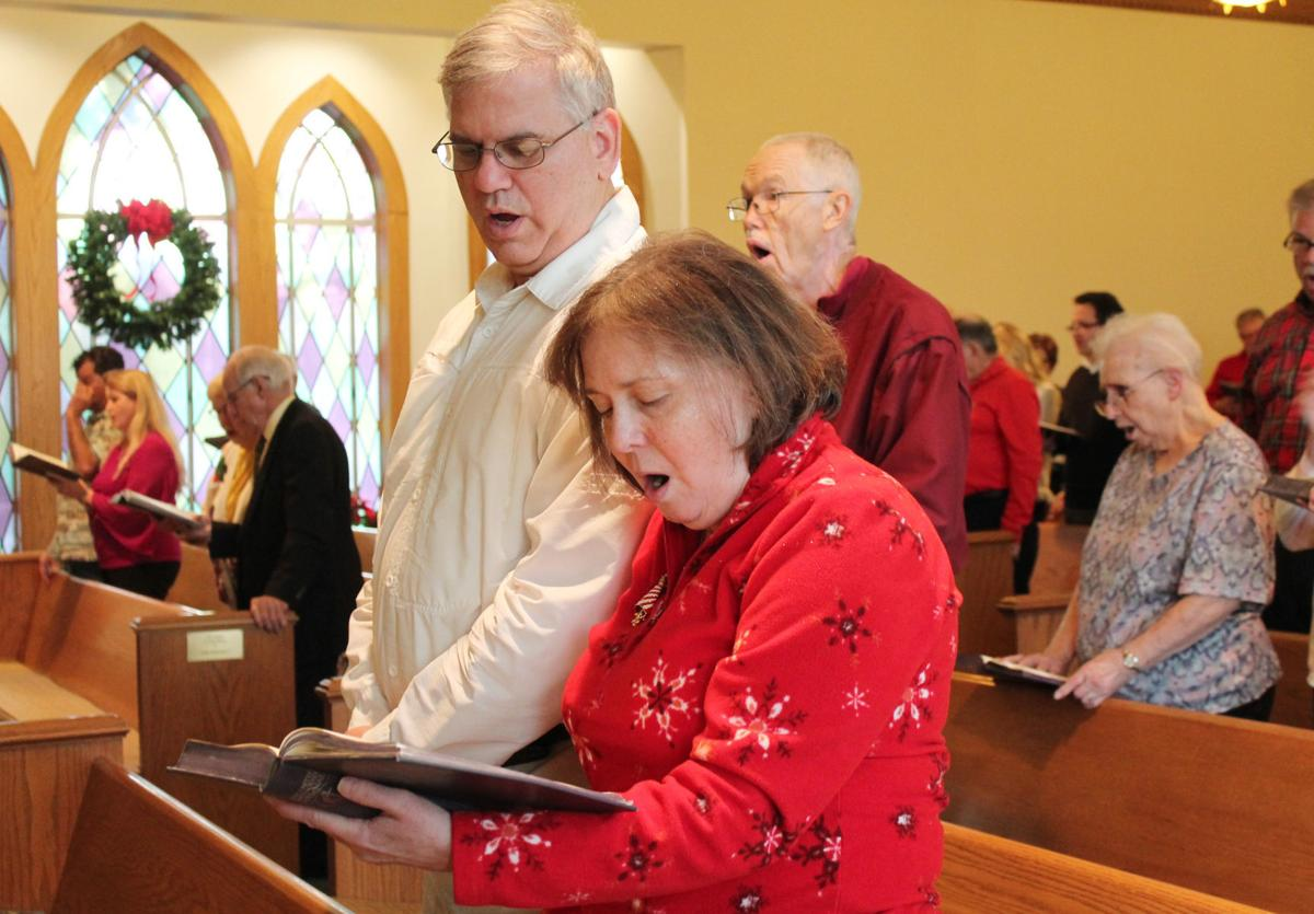 Churches hold candlelight services