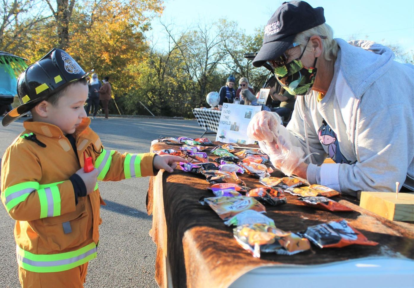 Trunk-or-treat tradition continues