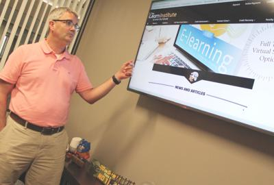 Lenoir City's iLearn offers virtual learning