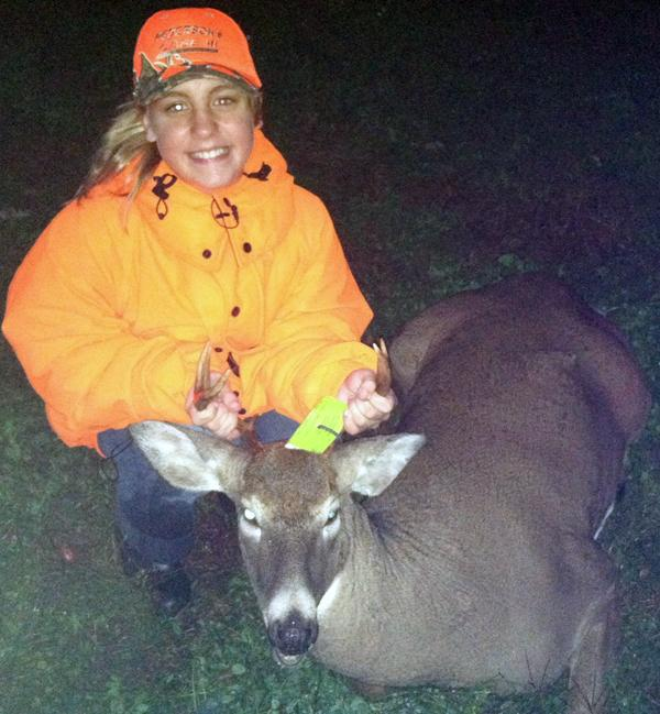 Youth hunt 8-pointer