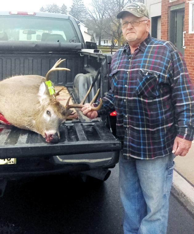 Crossbow buck