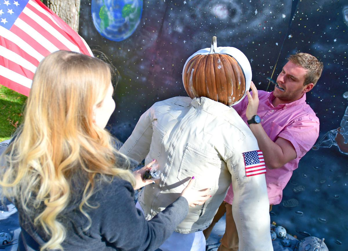 Pumpkin Walk 2016 depicts American icons old and new   The ...
