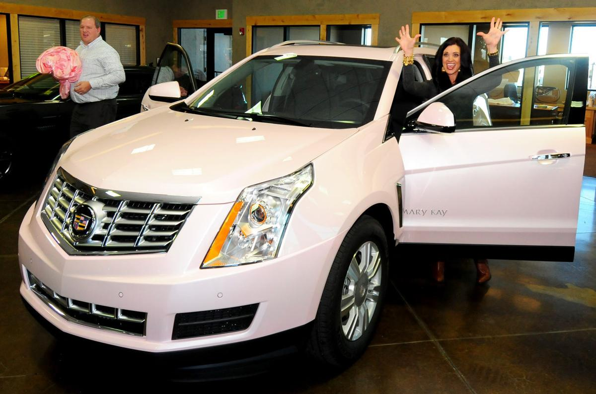 Cadillac Evening News >> Her Pink Cadillac Local Woman Is Six Time Earner Of Mary Kay Icon
