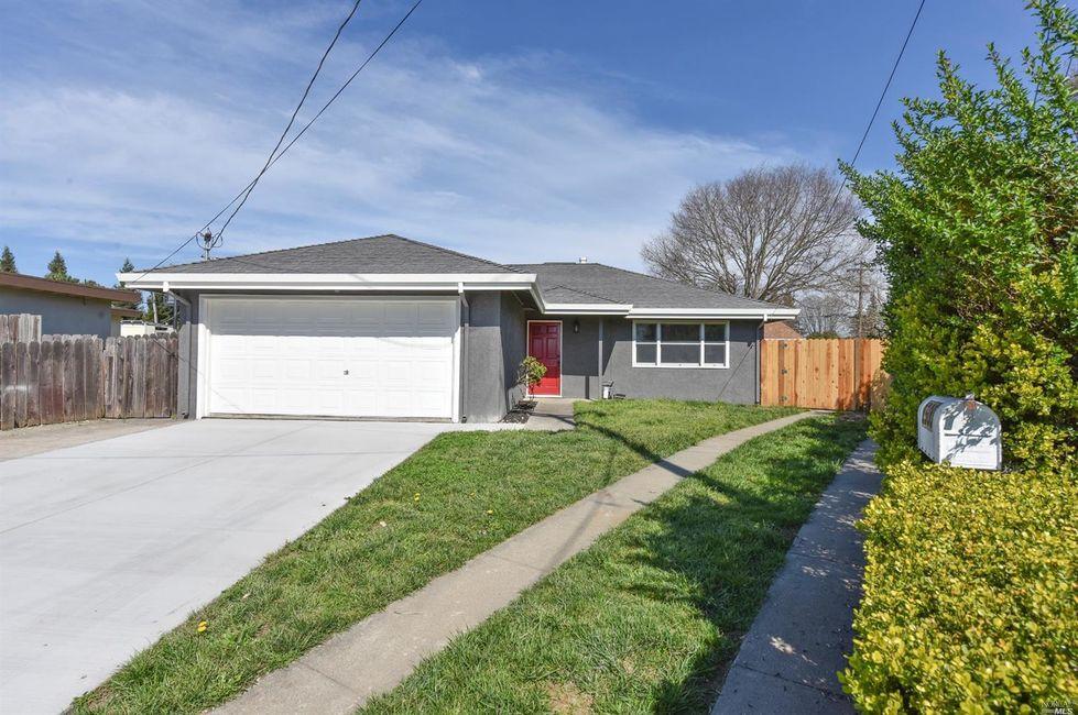 3 Bedroom Home in Napa - $529,900