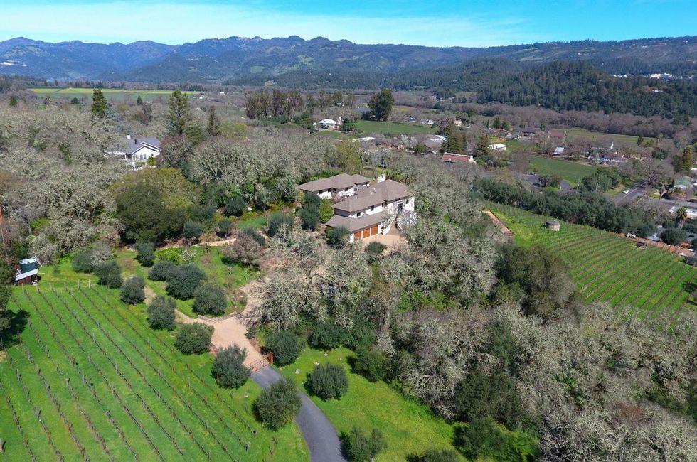 4 Bedroom Home in St. Helena - $5,250,000