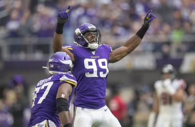 Defensive end Danielle Hunter celebrates a sack with Everson Griffen during the second quarter against the Atlanta Falcons on Sept. 8, 2019 in Minneapolis, Minn.
