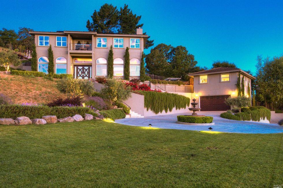 5 Bedroom Home in Napa - $2,650,000