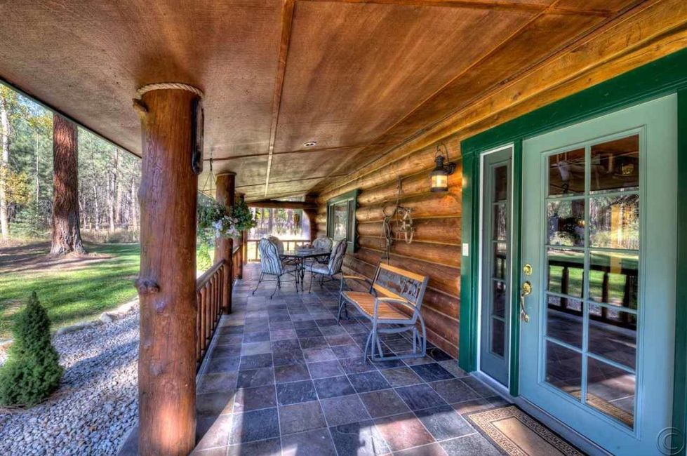 374 Rippling Woods in Victor - $589,900