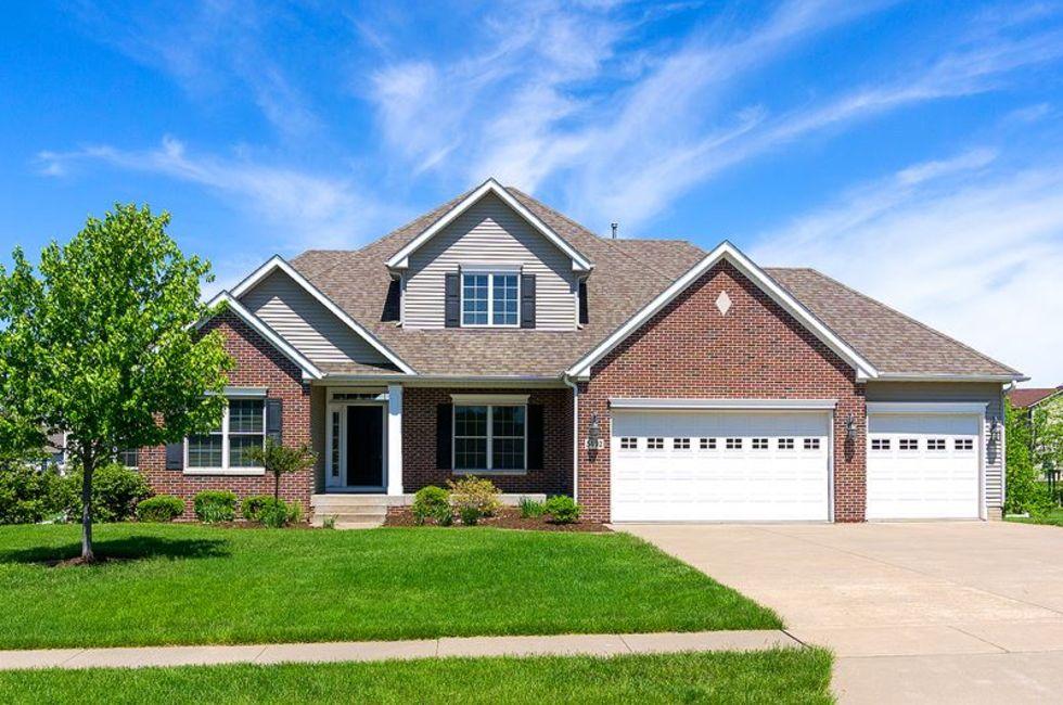5 Bedroom Home in Bettendorf - $549,900