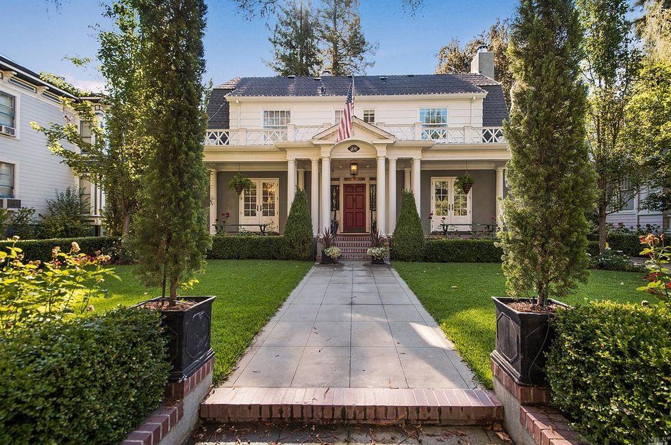 3 Bedroom Home in Napa - $2,400,000