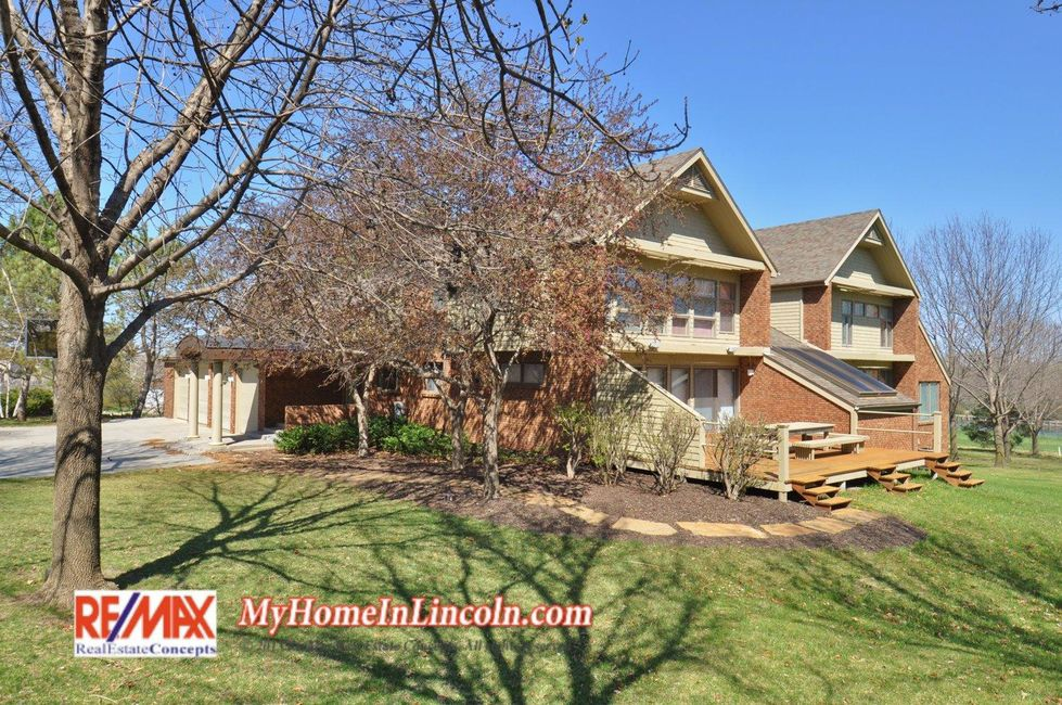 4 Bedroom Home in Lincoln - $895,000