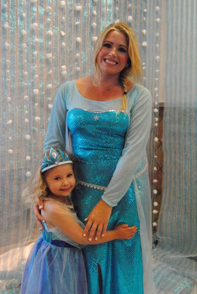 Lauren&Elsa.jpg