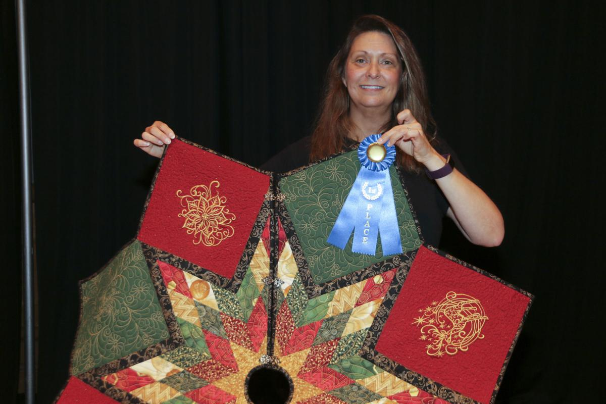 Alabama saint clair county odenville - Melanie Connel Of St Clair County Won First Place In The State Christmas Tree Skirt Contest At The Alabama Farmers Federation S 45th Commodity Producers