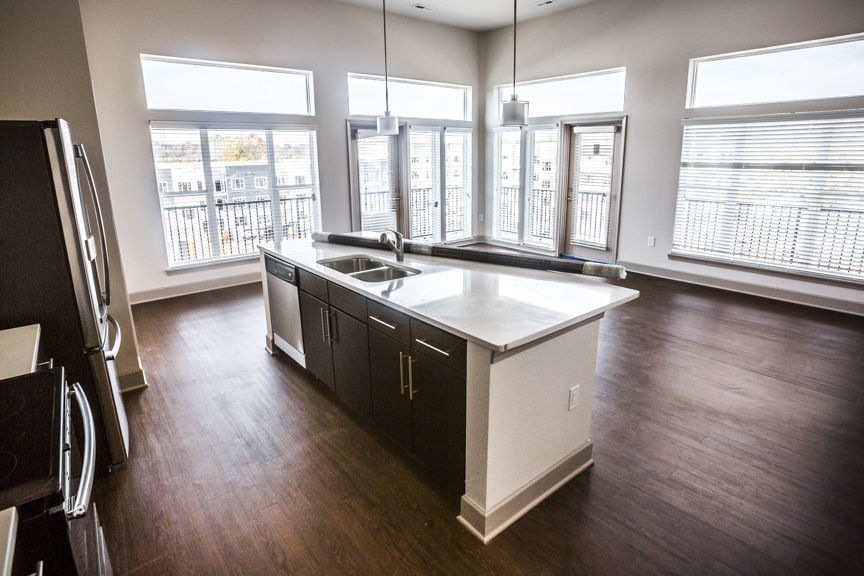 This 1,180 Square Foot, 2 Bed, 2 Bath Apartment Sits On The Fourth Floor Of  The Breakwater Apartments In New Albany. It Overlooks The Other Breakwater  ...