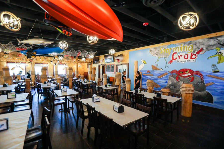Boiled Cajun Seafood Restaurant Storming Crab Is Now Open In Clarksville On Lewis And Clark Parkway Near I65 Fresh Craft Tails Are