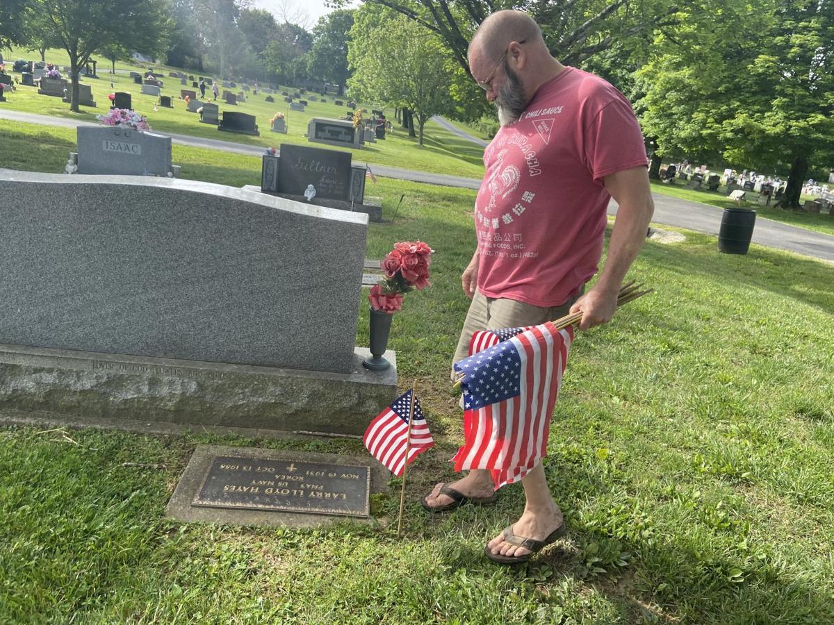 Memorial Day Cemetery-2