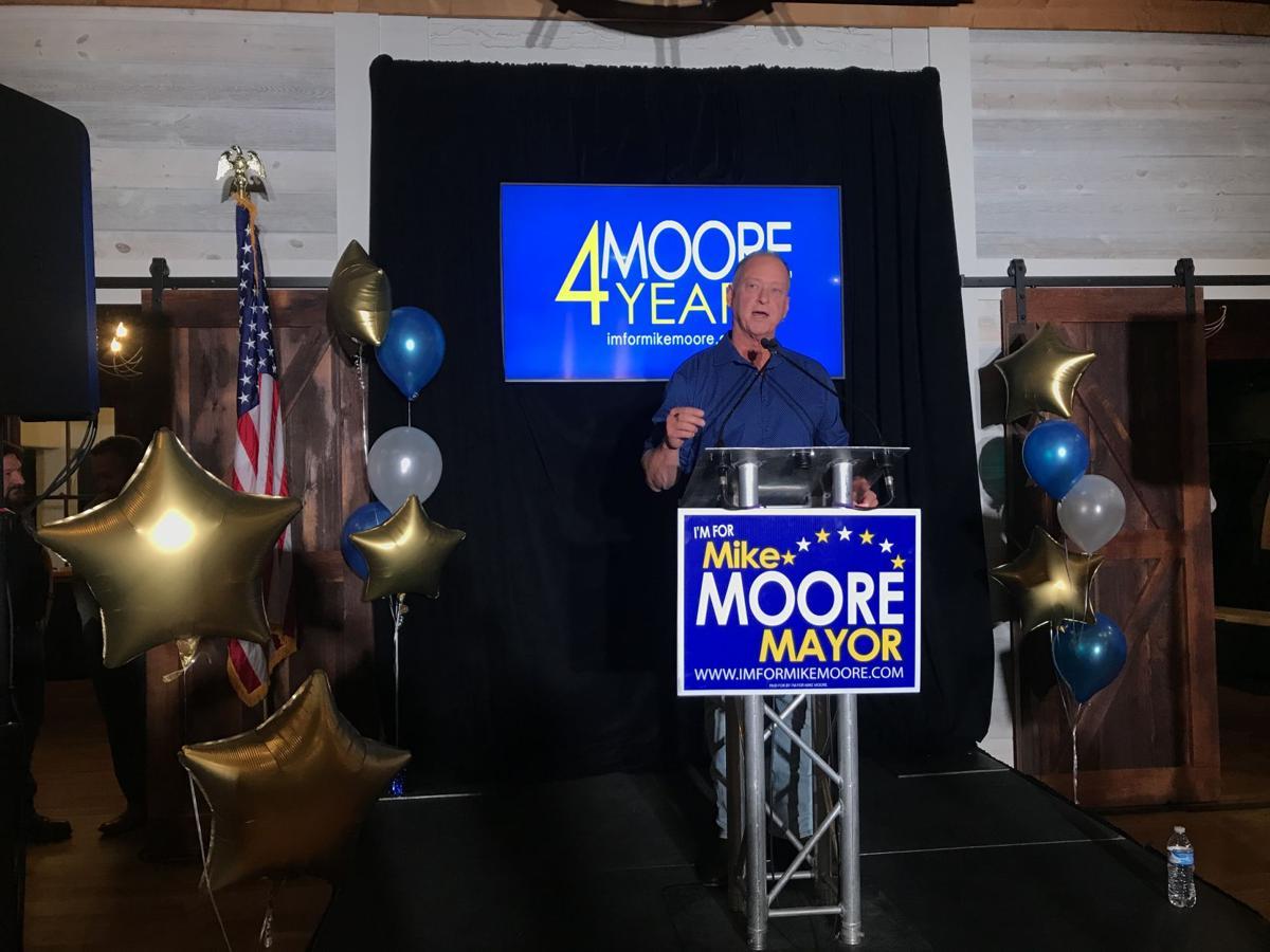 Mayor Mike Moore 1.jpg