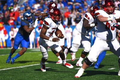 86b79050fcc4 COLLEGE FOOTBALL  Jackson earns pair of All-America honors