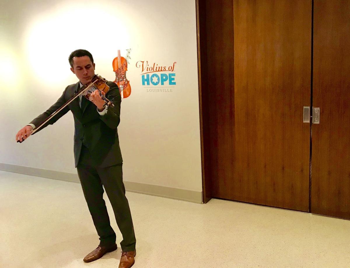 Violina of Hope 2.jpg