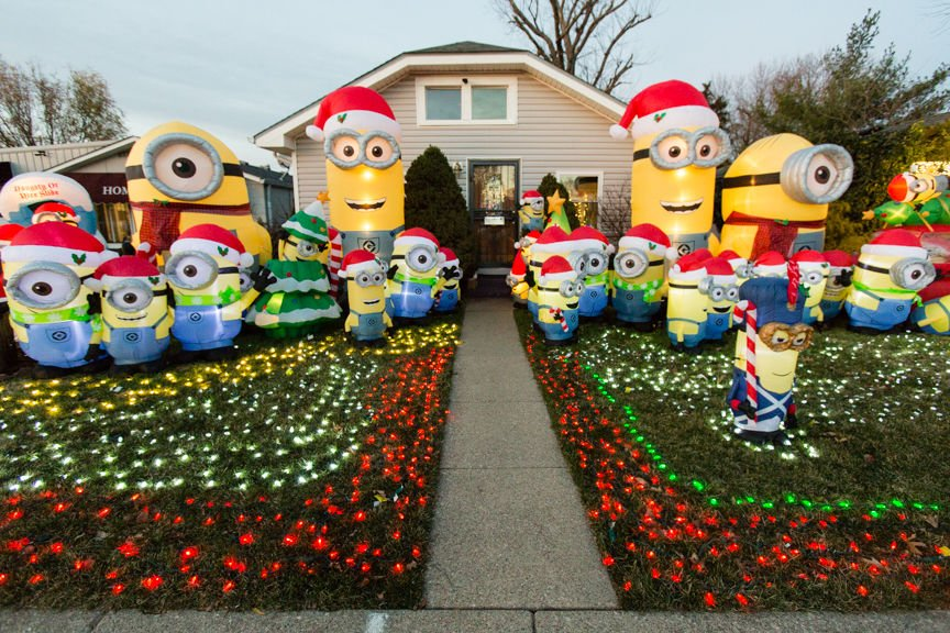 minions unique christmas displays 5 - Christmas Minions