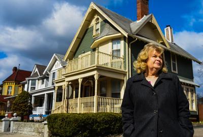 Airbnb Ruth Floyd-1 (copy)