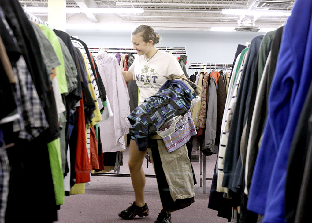 Great Start Clarksville Salvation Army Gives Away School