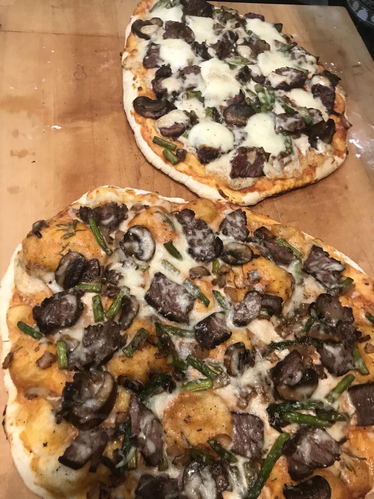 Beef tenderloin pizza