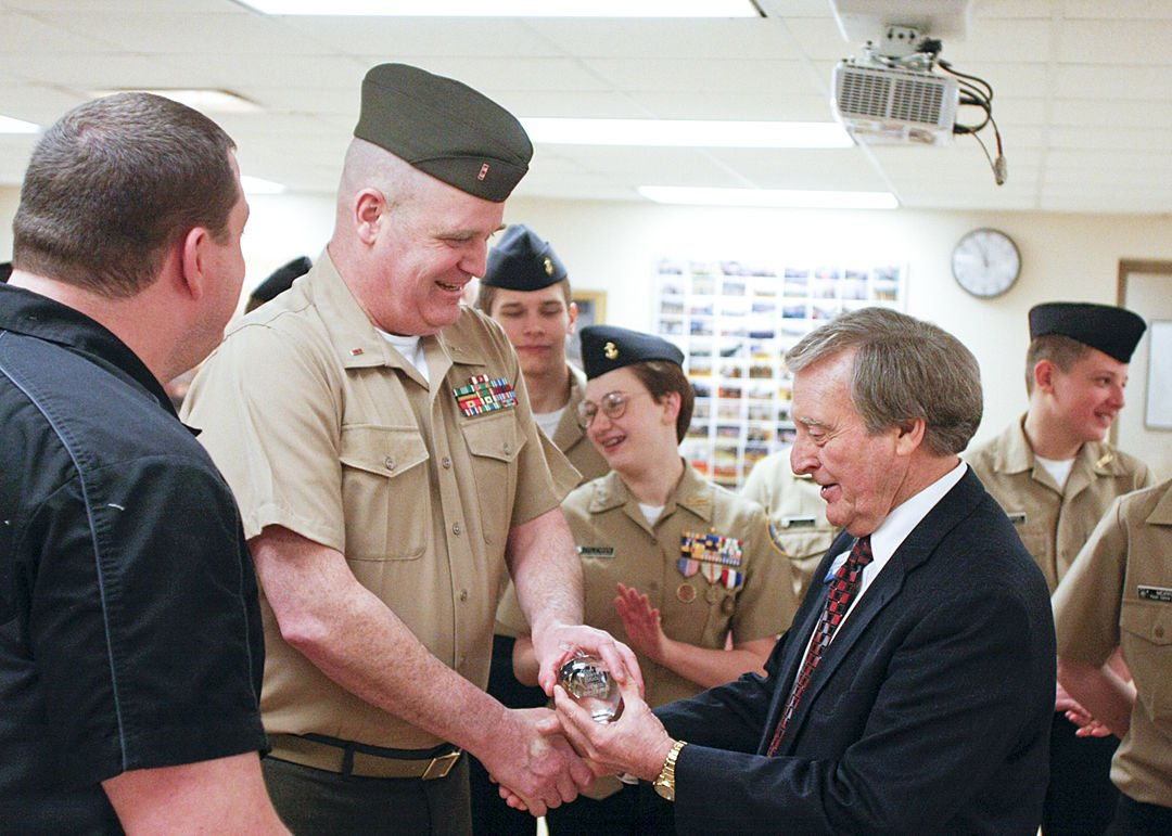 chief of staff resume%0A PHOTO  Crystal Apple Award for NJROTC insctructor at Floyd Central High  School   News   newsandtribune com