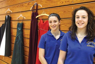 Clark County 4-H junior leaders collecting prom dresses