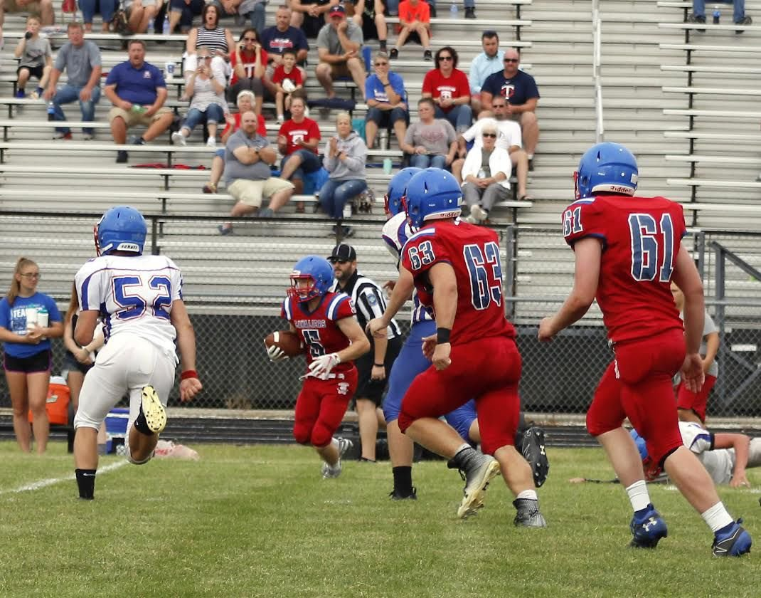 Football Cavaliers Take Part In Scrimmage With Caston Football