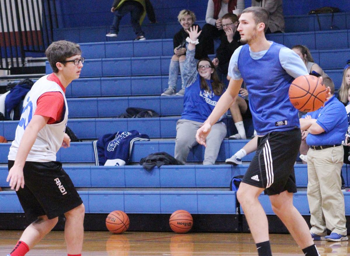 Boys Basketball Pic 4.jpg