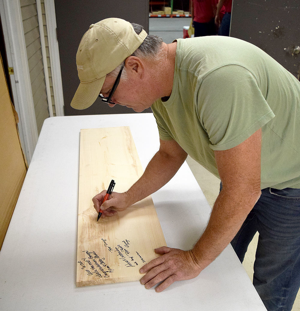 Signing the wood