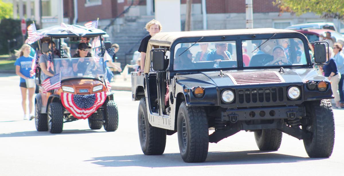 Golf Cart Parade Pic 7.jpg