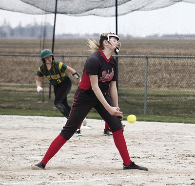 Jaelin Marks pitching file photo