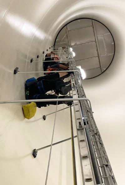 Wind turbine rescue