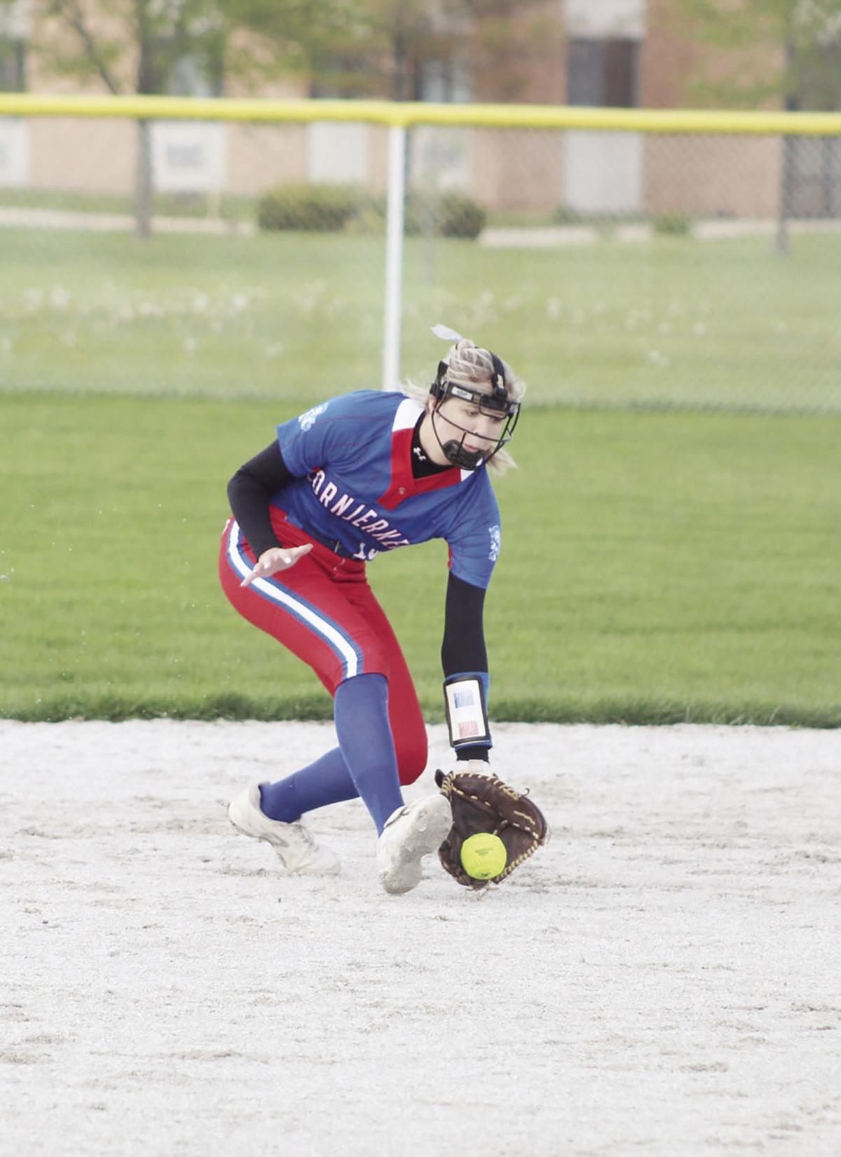 Softball Pic 1.jpg