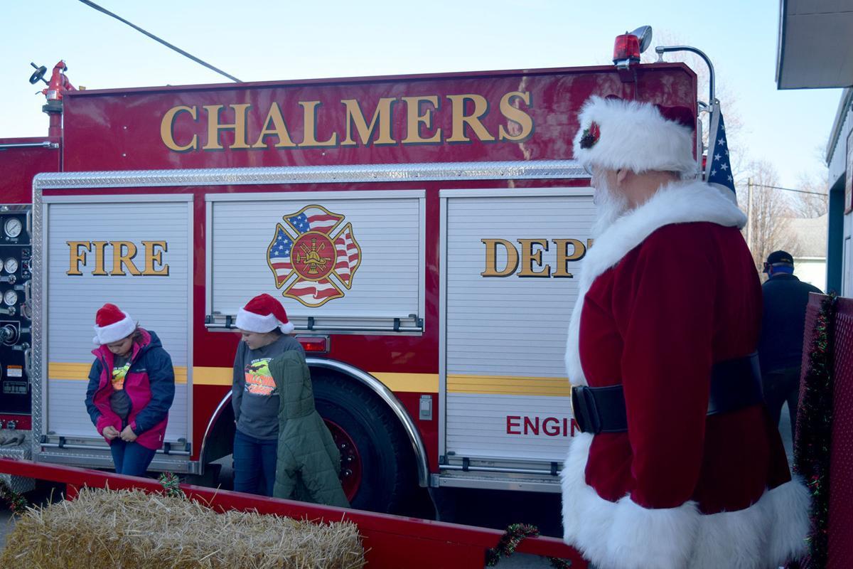 Santa talks with kids