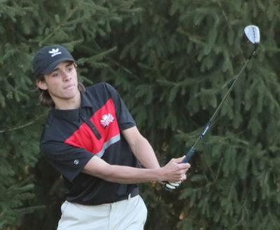 RCHS had 4 golfers in the 40s in win over Carroll