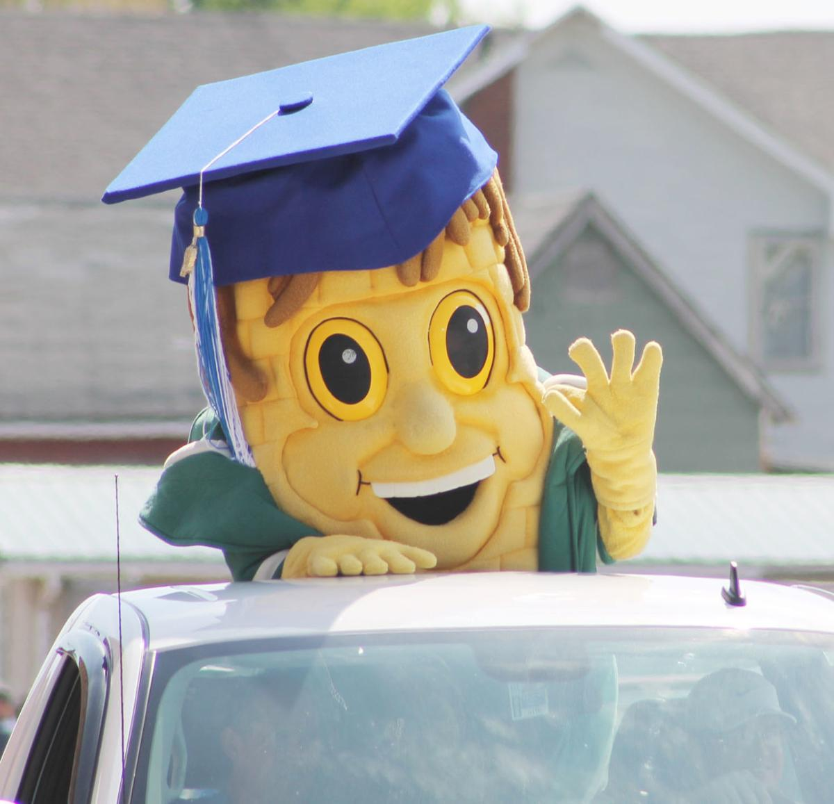 Senior Parade Pic 2.jpg