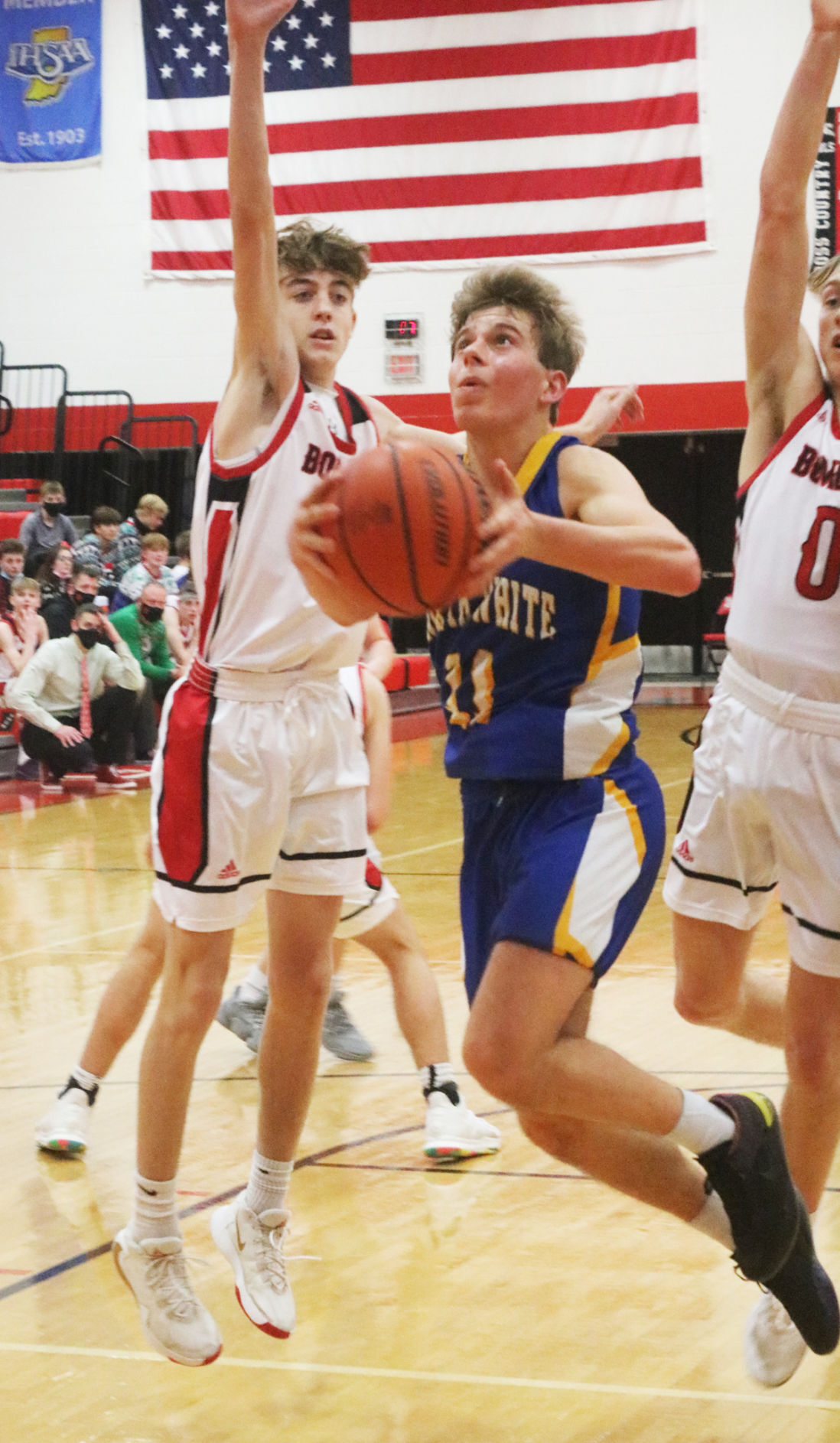 Pogue leads Vikes to victory